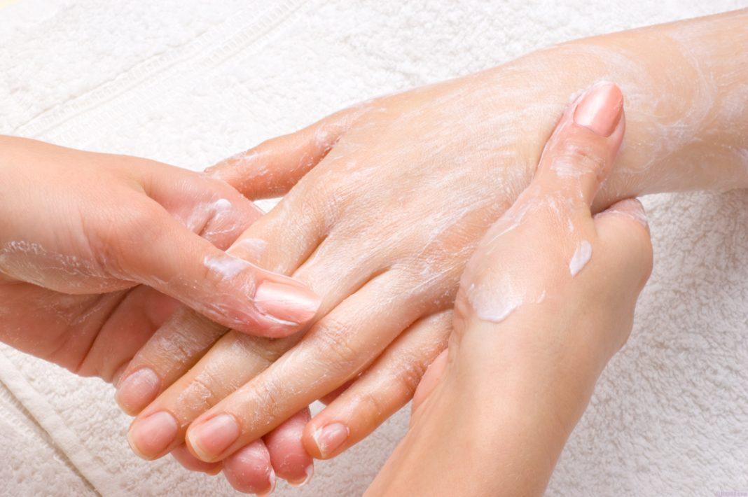 Скрабирование кожи в домашних условиях