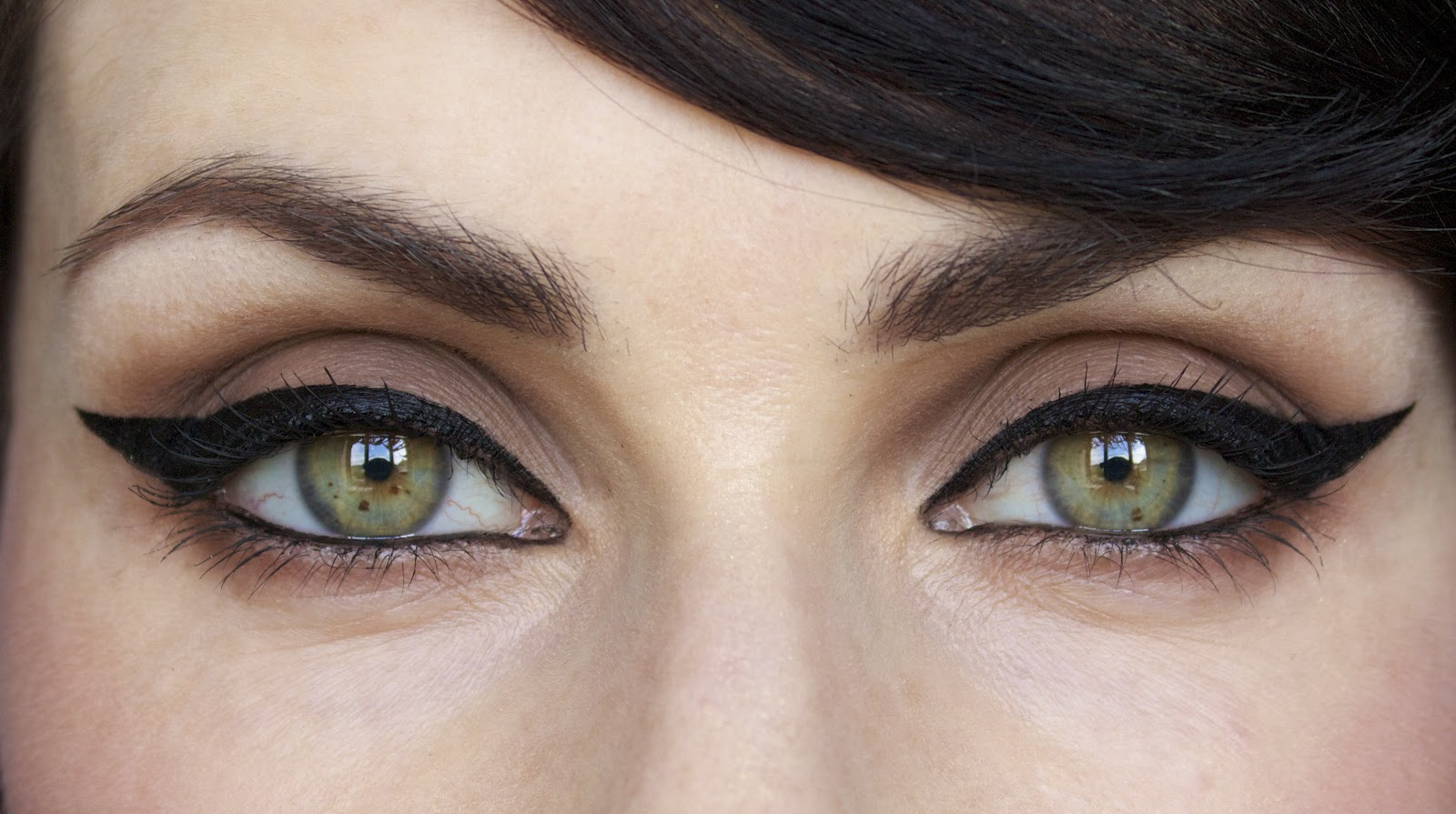 Макияж для впалых глаз