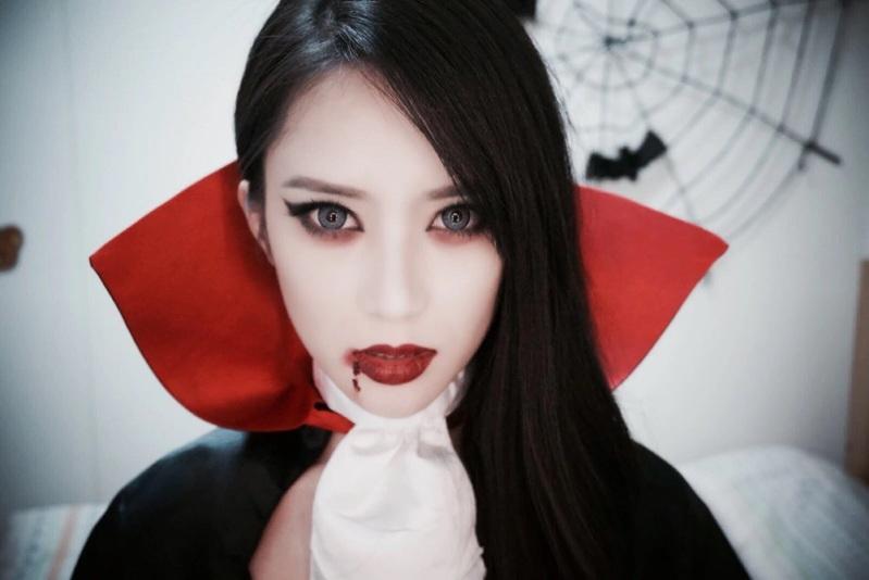 Макияж для хэллоуина своими руками вампирша 19