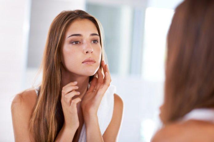 Белые, светлые или пигментные пятна на коже после загара