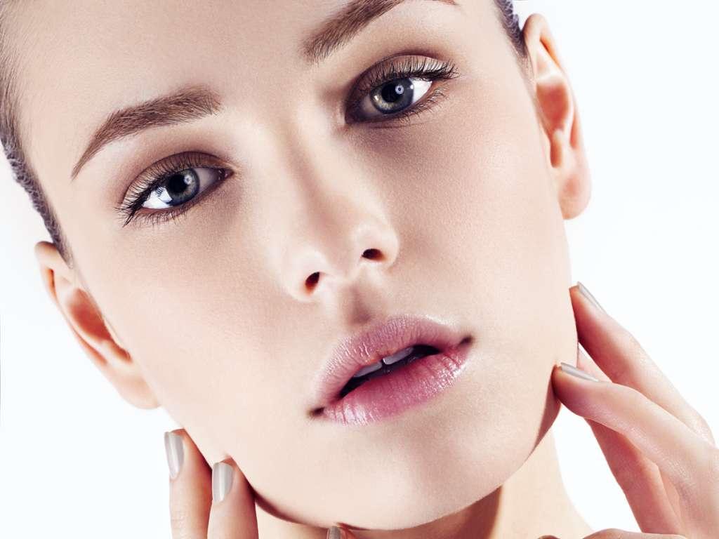 деловой макияж для серых глаз