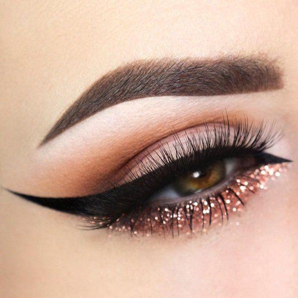 макияж с блестками для зеленых глаз