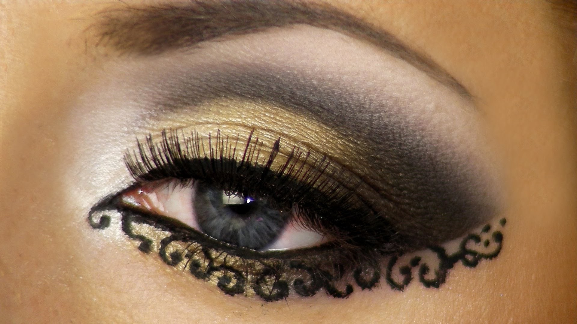 Восточный макияж для голубых глаз фото