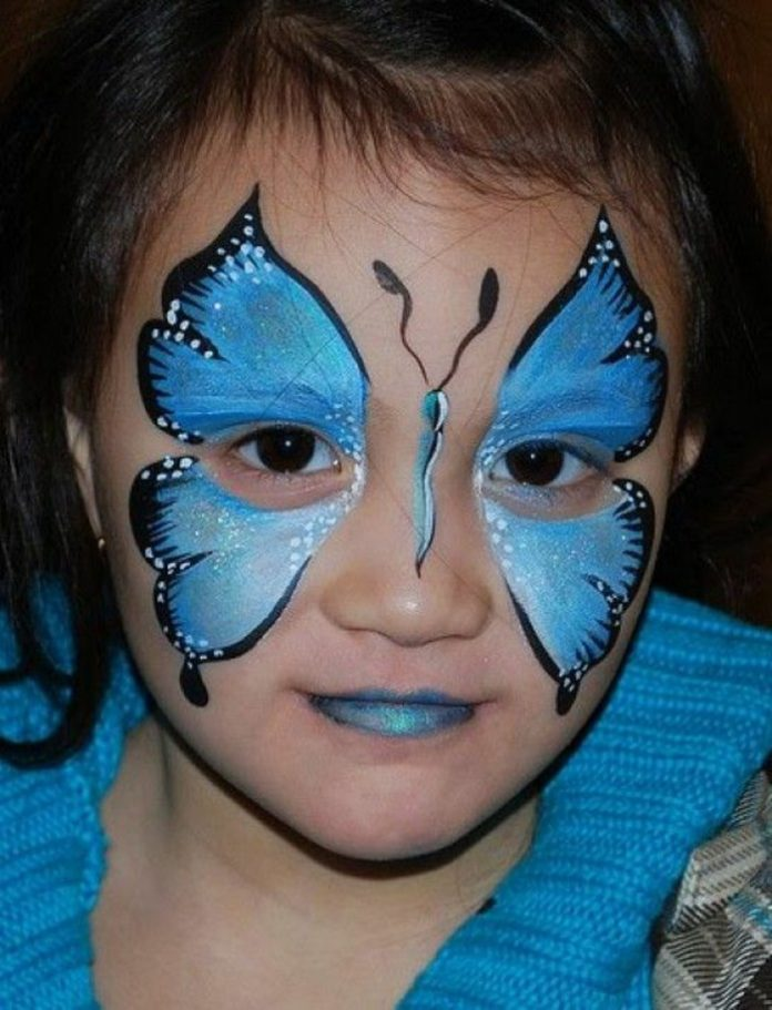 Бабочки на лице на Хэллоуин
