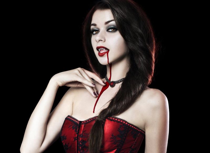 Вампир девушка на хэллоуин