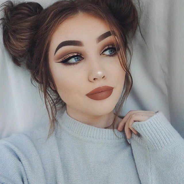 Выполнение красивого осеннего макияжа, советы и рекомендации