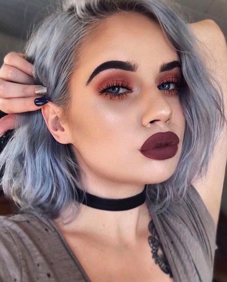 Модный зимний макияж глаз и губ