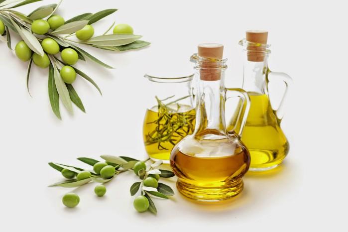 Осенняя маска из репейного и оливкового масел