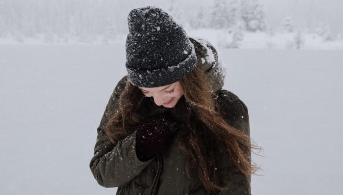 Уход за волосами нормального типа зимой