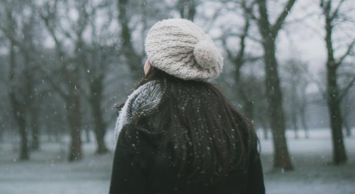 Уход за волосами смешанного типа зимой